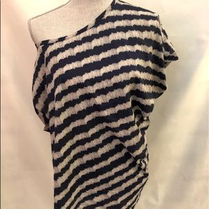 Romeo and Juliet Couture one Shoulder Top SZ L